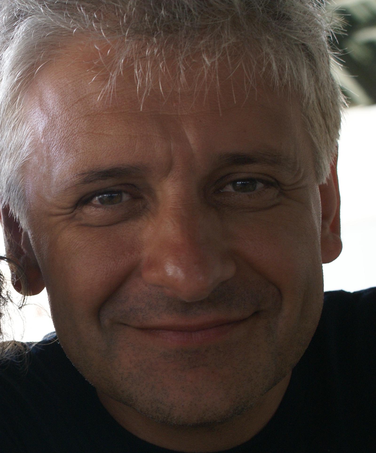 Demetrio Salvi, autore del romanzo La crepa
