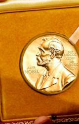 Acquistereste un libro solo perché l'autore/trice ha vinto il Premio Nobel per la Letteratura?