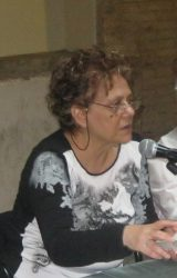 "Intervista a Teresa Anna Rita De Salvatore, autrice de ""Nero Scabro Sbrecciato"""